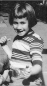 photo of Hinda Schuman as a little kid